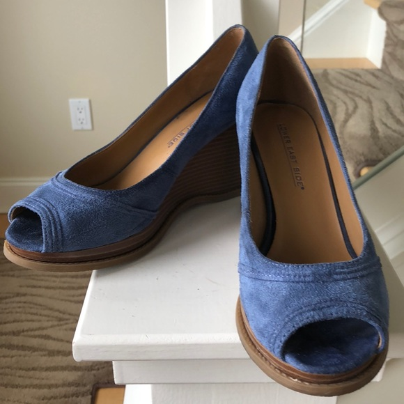 04c4c1bbf62cf lower east side Shoes - Blue Suede Wedges